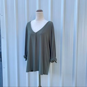 Suzannegrae V-neck Blouse Size L Roll Tab Sleeve Olive Green Stretch